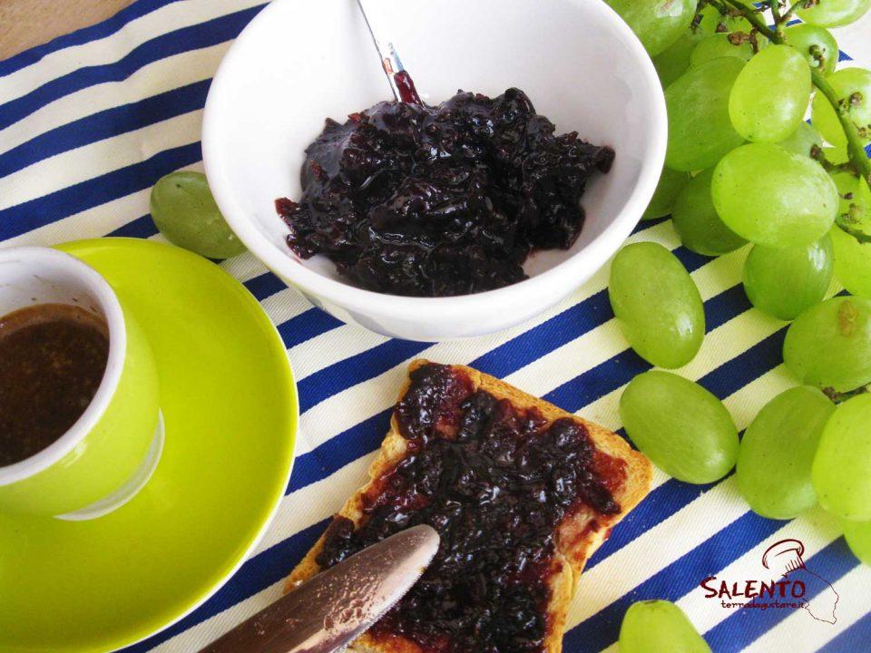 marmellata di uva fatta in casa