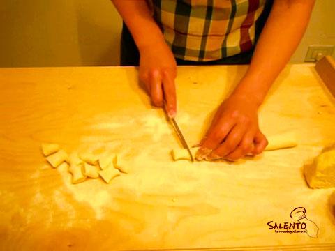come fare la forma degli gnocchi di patate