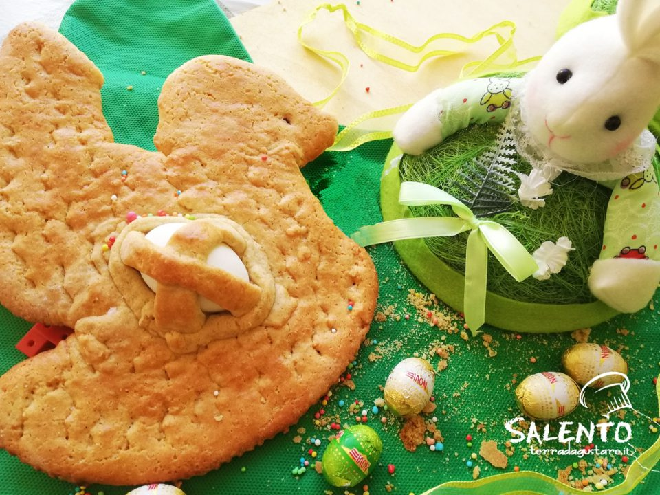 pane dolce pasquale salentino cuddura o puddica