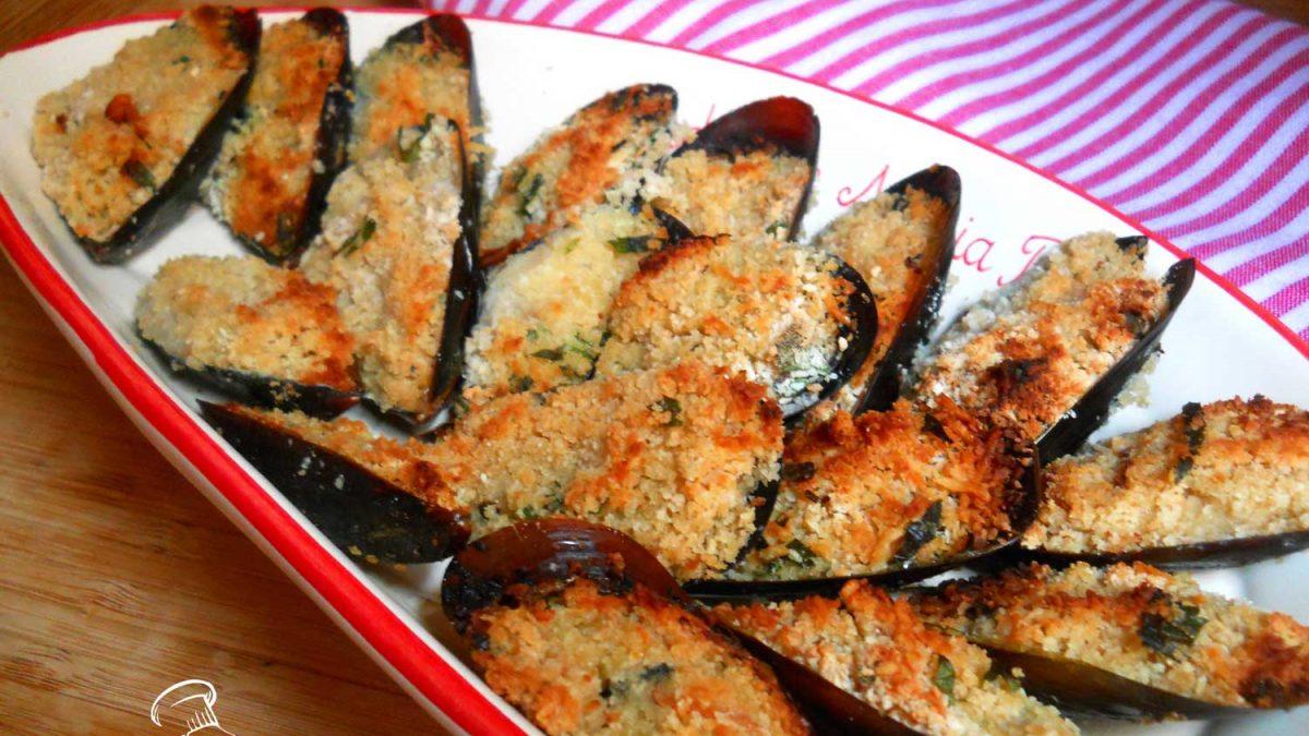cozze gratinate al forno pugliesi